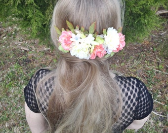 Large Floral Hair Comb in Peach & Cream
