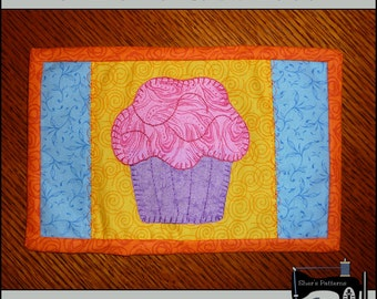 PDF Pattern for Cupcake Mug Rug, Cupcake Mug Rug Pattern, Cupcake Mini Quilt Pattern - Sewing Pattern, Tutorial, DIY