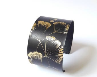 Handmade of ginkgo biloba, blackened brass Cuff Bracelet.