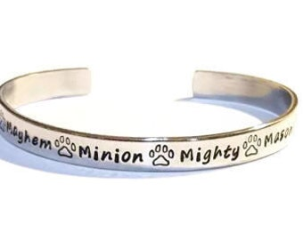 Pet Name Bracelet - Pet Memorial bracelet - Dog Cat Bracelet - Pet Rescue jewelry - Pet Memorial Jewelry - Pet Name Cuff - Paw Print Jewelry