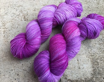 Hand dyed yarn Dandy sock -'Fashionista'