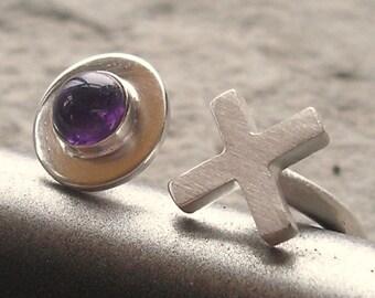 X O Ring, X O Sterling Ring - X O Silver Ring - X O Sterling Silver Amethyst Ring - Amerthyst Silver Ring - XO Amethyst Ring -  US size 8