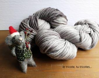 Mouse!  Soft 100% Merino Superwash DK yarn / 110gr / hand dyed.