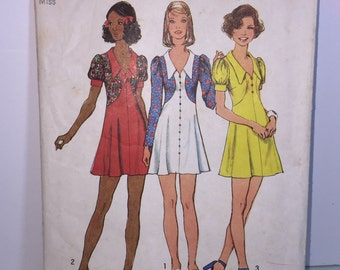 Vintage 1973 Simplicity 5499 Pattern Junior Petites And Misses Short Dress Size 10