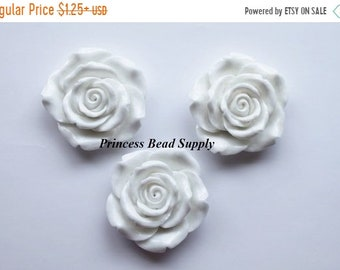 SALE White Resin Rose Flower Chunky Beads, 42mm Rose Bead/Pendant, Bubble Gum Beads,  Gumball Beads, Acrylic Beads