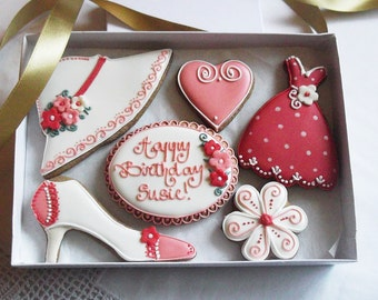 Personalised Shoe/Hat/ Dress Biscuit Gift Box - Birthday Gift for her - Birthday gift