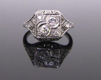 French Art Deco Diamonds ring, platinum, circa 1920