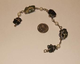 Vintage costume stone, pearl anklet baek