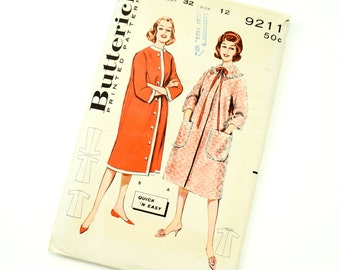Vintage 1960s Womens Size 12 Quick 'N Easy Long Robe Housecoat Butterick Sewing Pattern 9211 Complete / bust 32 waist 25