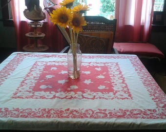 Vintage Tablecloth 40s Red and White Floral Cotton