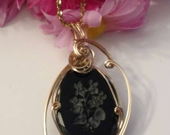 Carved TRIFARI Cameo Design, Unique Cameo Necklace, Gold and Black, Carved, Black, Gold Wired, Exquisite,  Evening Accessory
