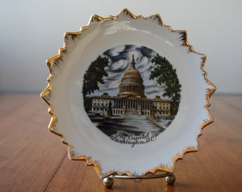 while on vacation - star burst souvenir plate - Washington D.C. - The Capitol - State Plate
