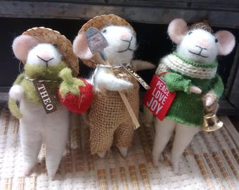 Mouse Ornaments - Personalized with a name
