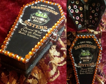 """SANDERSON SISTER'S """"Witches Brew"""" Apothecary Coffin Jewelry Box"""
