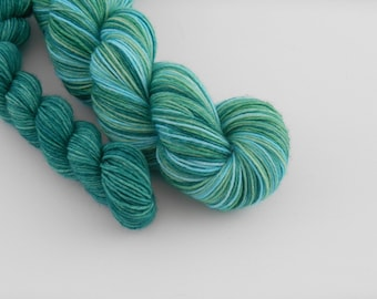 LOVE SOCK self-striping, 029, merino nylon sock yarn,100g