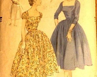 50s Vogue Dress Pattern . 1954 Fit and Flare Pattern . Vogue 8355 Size 12 Bust 30