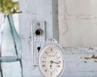 Shabby crystal clock