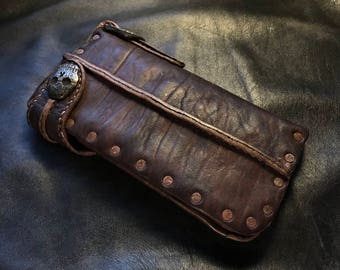 "Junk Style Riveted Long Wallet ""Brass Skull Concho"""