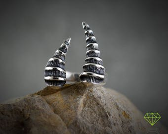 Silver Ring Dragon Horn,  Dragon Open Ring, Gothic Jewelry, Badass jewelry, Handcrafted ring, Contemporary jewelry