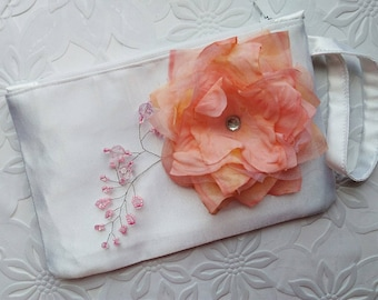 Peach wedding Bridal clutch bag Bridesmaid purse White wedding clutch Bridal hand bag Clutch flower Zippered pouch Wedding purse handmade