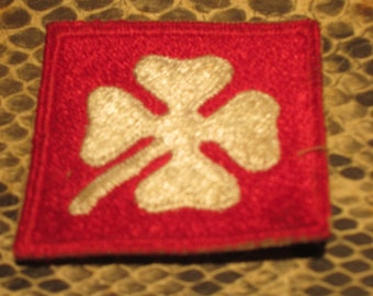 vintage patch red white clover