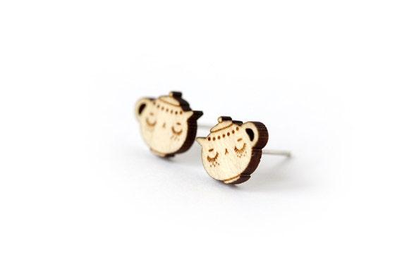 Teapots stud earrings - tiny post earrings - mini jewelry - minimalist jewellery - lasercut maple wood - hypoallergenic surgical steel