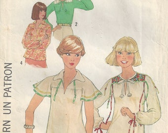 1970s Pullover Hippie/Peasant Top Front Slash Opening Short/Long Sleeves Shirt Tail Hem Braid/Beads Trim Simplicity 8079 Size 10 Bust 32 1/2