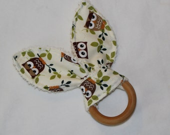 Brown and Green Owls Rabbit Ears Wooden Teething Ring