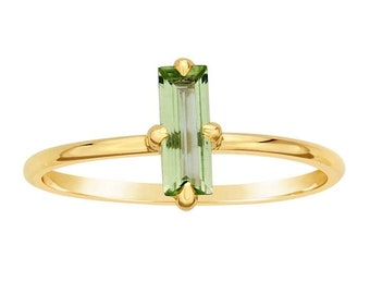 14K Gold Peridot Baguette Ring, Birthstone Ring, Stackable, Slim Band, 14K Yellow Gold Statement Ring, Gifts for Her