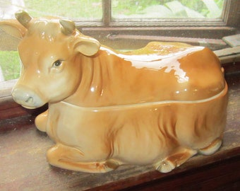 "1982 covered jersey cow dish 10"" by 8"" tall gorgeous"