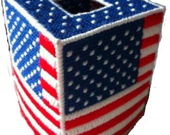 USA Patriotic American Flag Tissue Cover in Plastic Canvas, july 4th, Memorial Day, forth of july