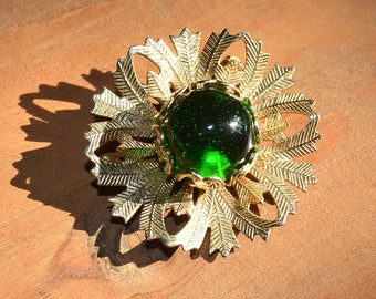 Vintage Brooch ~ Green Stone&Gold Tone Pin ~ 1950s-1960s Mid Century Jewelry