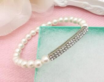 Wedding elegant bridal stretch Pearl Bracelet with Rhinestone Bar