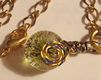 "My#184LW - A PrettyGreen w/Tiny Bubbles LW Bead! Pendant! w/Mixed Spiral Wraps/Chain 20""..Bead Size: 14mm New twisted Wires!"