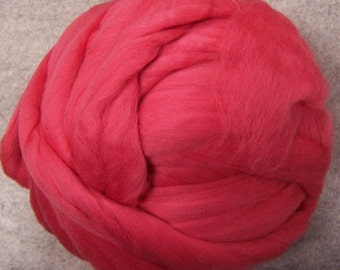 Roving, Merino Wool Roving, Wool Roving, Merino Roving, Felting Wool, Spinning Wool, Ashland Bay Fibers - Coral - 8oz