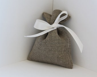 Linen gift bags - 10 pcs Natural linen bags - Wedding favor bags - jewelry pouch - Rustic wedding favor - Linen favor bag - linen small bags