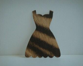 Cutout dress low-cut cardboard imitation Zebra black and light brown for creation