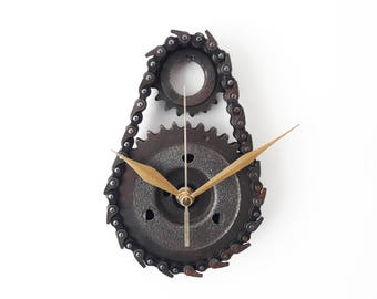 Timing Gear Clock / Gear clock / Man Cave / Men gift / timing chain clock / chain clock / dad gift / gift for men / wall clock / sprocket