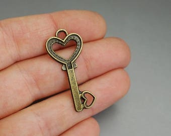 SET of 10 charms (T13) 3cm bronze heart lock key