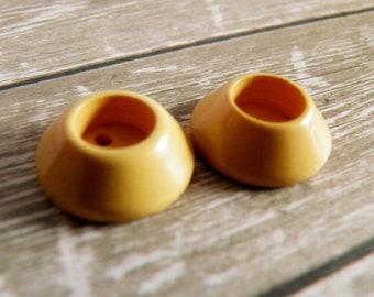 Bakelite Buttons Cream Corn Yellow