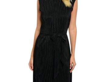 BLACK PLEATED DRESS Sleeveless knee-length Dress Knit Above Black Dress Lined Back Pleat
