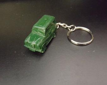 Austin A35 Van Novelty Green 3D split-ring keyring FULL CAR ref8