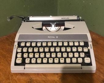 Vintage royal Typewriter  1980s