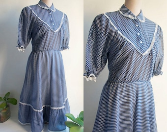 small size Preppy vintage dress 70s - Pinup Navy and white polka dot dress - Peter Pan lace collar vintage dress.