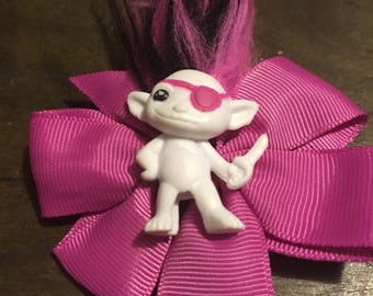 Pirate zelf pink hairbow clip