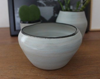 Planter - Bowl - small bowl - ceramic Flower Pot