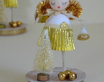 Spun Cotton Angel / Christmas Ornament / Retro Style