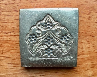 The Tree of life Vintage bronze Indian die A411
