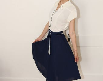 vintage navy and white dress flight attendant inspired look