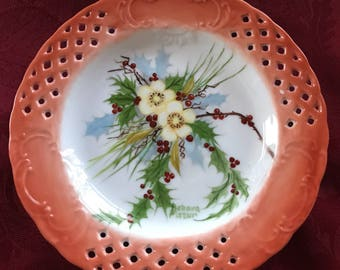Beautiful bouquet hand painted on a decorative plate